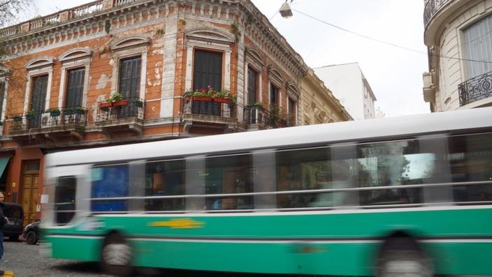 Buenos Aires Bus und Bahn