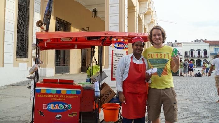 Eisverkäufer in Havanna
