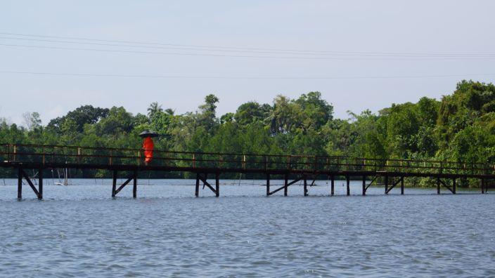 Sri Lanka Monk Madu River